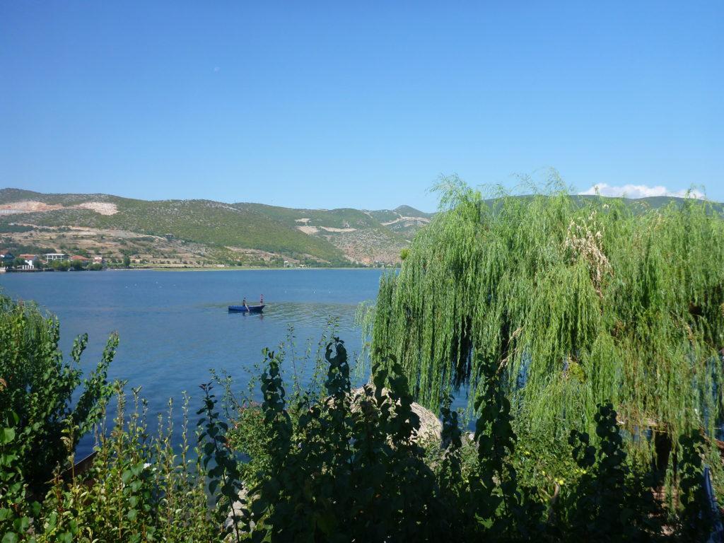 Fischer auf dem Ohridsee - eins der Top 5 Albanien Tipps