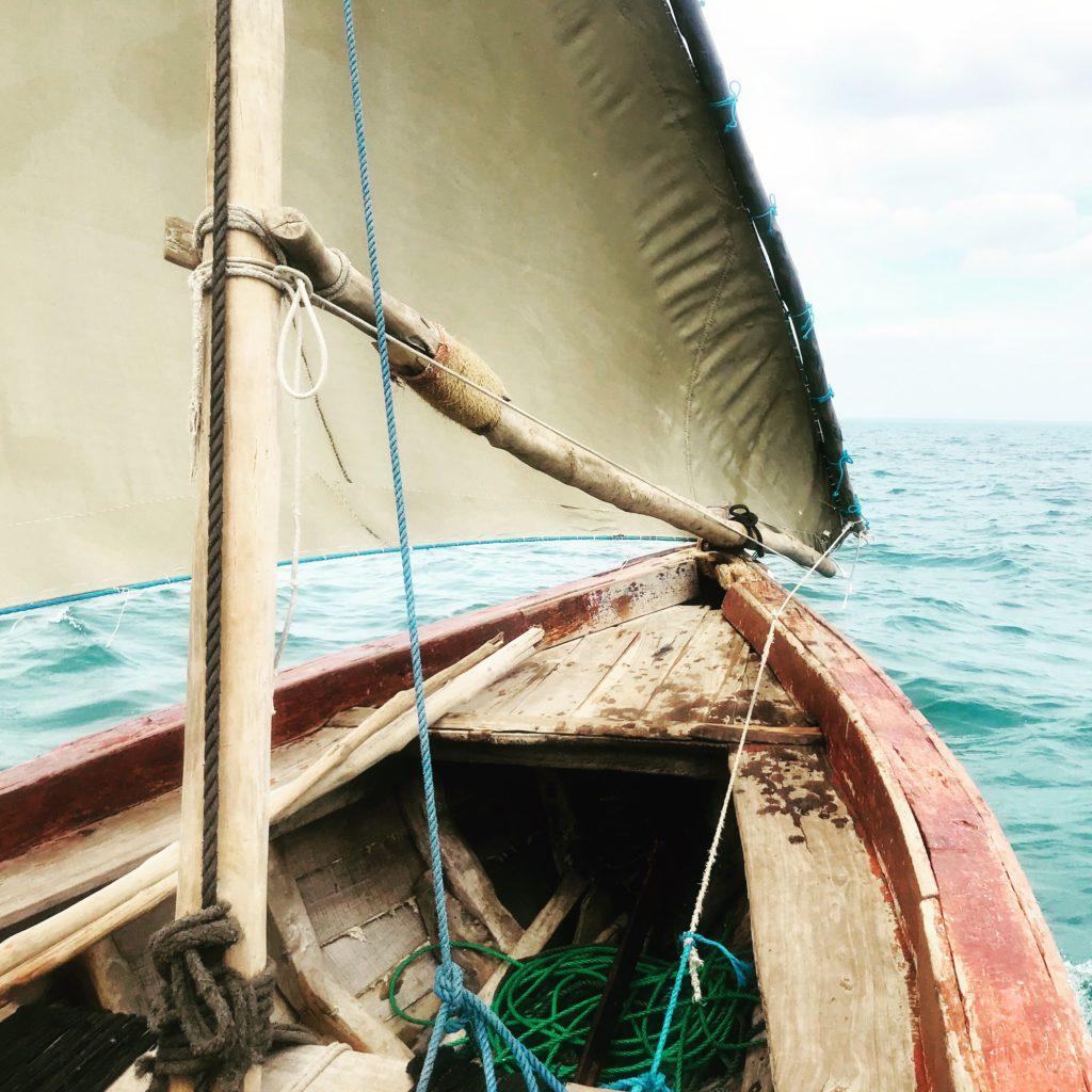 An Deck der Dhow auf llha de Moçambique