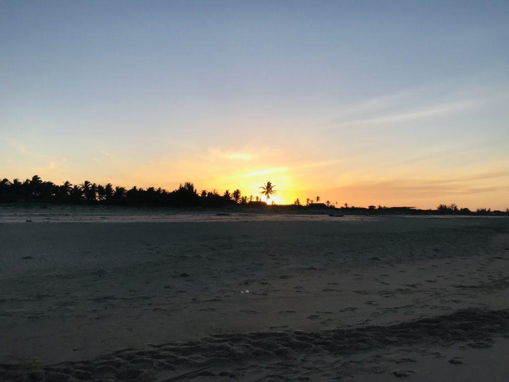 Sonnenuntergang am Barra Beach